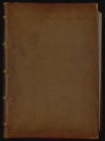 Reliure en plein cuir de restauration, fin du XXe siècle. Cette reliure volontairement très sobre remplace une demi-reliure du XVIIIe siècle dont les éléments ont été conservés. MGT, ms. 27, t. 1, plat supérieur.